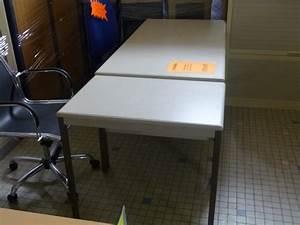 Table D Occasion : occasion mobiliers de bureau bureau m tallique table d 39 occasion ~ Teatrodelosmanantiales.com Idées de Décoration