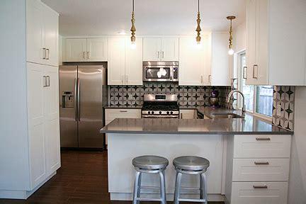 backsplashes for kitchens concrete tiles create a warm kitchen backsplash 5821