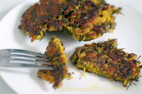 3 fr midi en recettes de cuisine galettes de fanes de carottes mademoiselle cuisine
