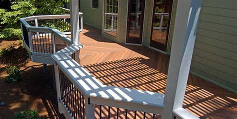 Backyard Decks Ideas by Deck Designs And Ideas For Backyards And Front Yards