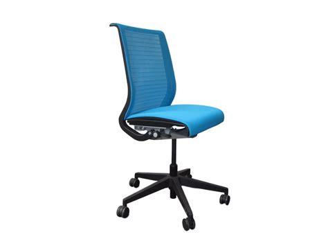 bureau de change disney fauteuil transparent pas cher 28 images fauteuil eames