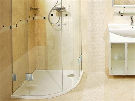fugen reinigen mit klarspüler dusche reinigen fliesen fugen und duschkabine ratgeber