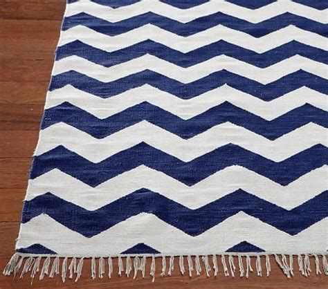 navy blue and white area rugs navy blue and white rug roselawnlutheran