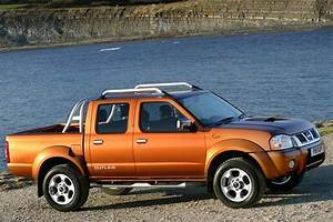Nissan Pick  Navara Pickup Review  2001
