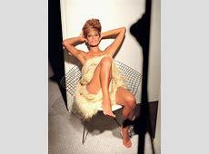 HAlLe Beauty Blog Eva Mendes Feet