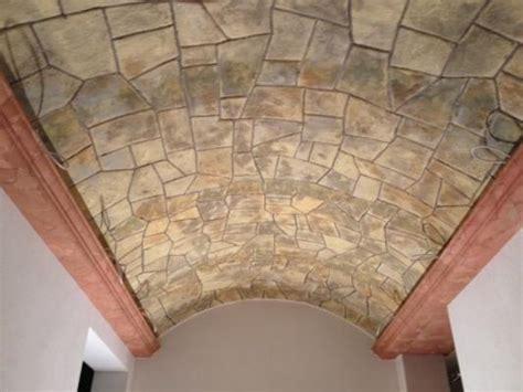 pannelli isolanti per soffitti pannelli finto legno per soffitto con travi finto legno