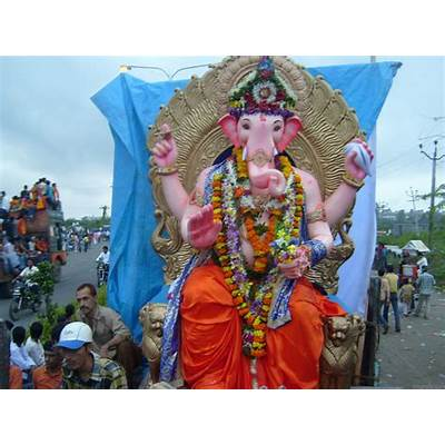 Ganesh Visarjan Pictures and Images - Page 2
