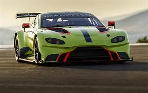 Nouvelle Aston Martin : aston martin vantage gte d j pr te pour les 24 heures du mans 2018 l 39 automobile magazine ~ Maxctalentgroup.com Avis de Voitures