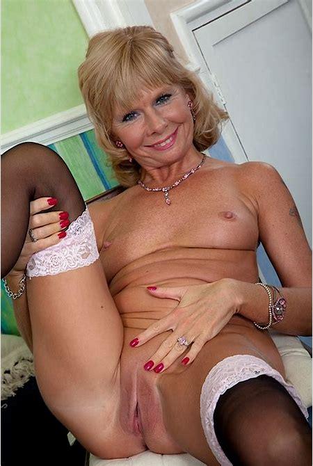 Mature Women Porn Pics Image 78480