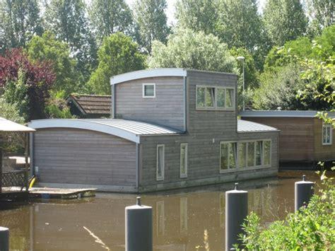Woonark Te Koop Groningen by Woonboot Te Koop Beijumerweg 1034 Groningen Huisportaal Nl