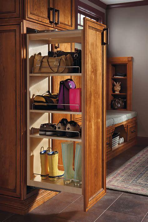 diamond  lowes organization tall pantry pullout