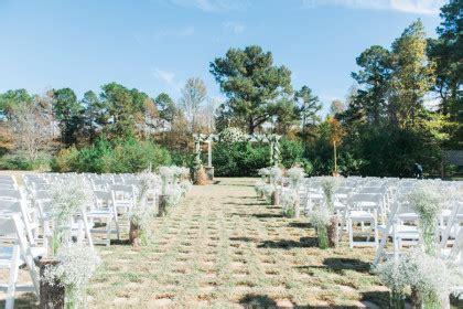 rustic elegant outdoor oklahoma wedding