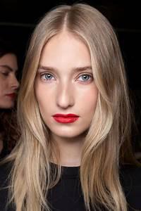 Quelle Couleur De Rouge A Levre Pour Une Brune Peau Claire : quel maquillage pour une blonde peau claire et aux yeux bleus ~ Dode.kayakingforconservation.com Idées de Décoration