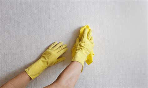 how to clean built up grease on kitchen cabinets easy methods on how to clean kitchen walls and remove 9887