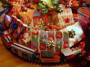 11 Toys Every 00's Kid Had on Their Christmas List