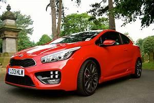 Kia Pro Cee D Gt : kia pro cee 39 d gt driven and reviewed driving torque ~ Medecine-chirurgie-esthetiques.com Avis de Voitures