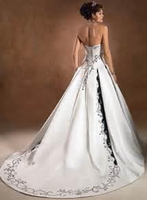 wedding dresses in color wedding dresses 2012 the wondrous pics