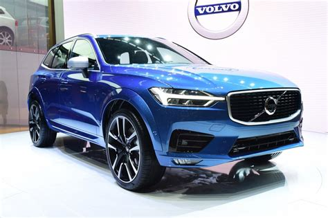 volvo xc  suv revealed official pictures auto