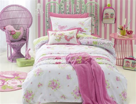 shabby chic quilt covers jiggle giggle shabby chic quilt cover set manchester madness