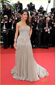 salma hayek in strapless gucci gown with beaded corset With gucci wedding dress
