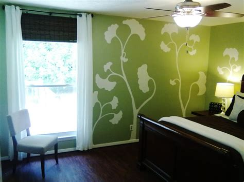 painted wall mural contemporary bedroom glidden