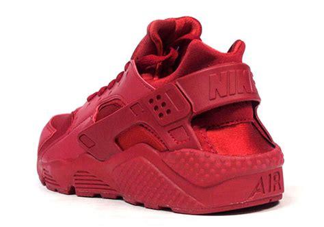 All Red Nike Air Huarache