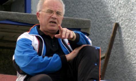 Ndërron jetë gjyqtari i parë kosovar i FIFA-s, Shinasi ...