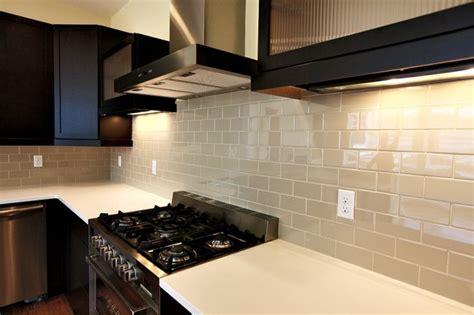 dark cabinets light countertops backsplash pin by wei wang on backsplash ideas pinterest