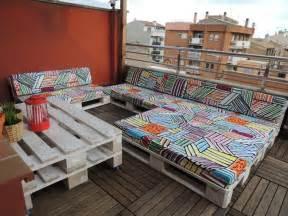 europaletten balkon ideen für einmalige möbel aus europaletten für balkon dachterrasse