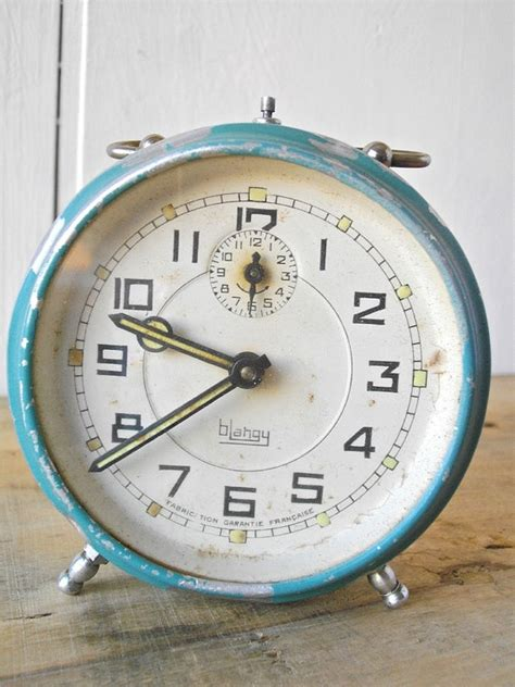 shabby chic alarm clock 1000 images about shabby chic clocks on pinterest paris chic shabby chic and vintage clocks