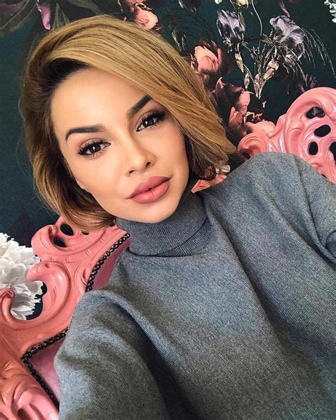 50 Hottest Pixie and Bob Hairstyles for 2019 Short