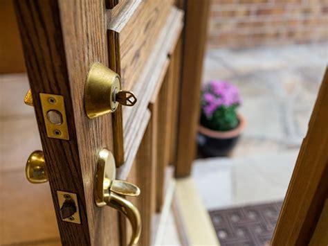 types  door locks diy