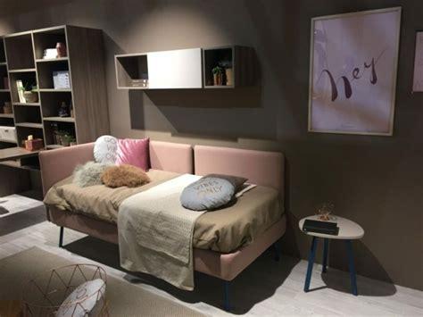 canapé pliable lit lit enfant original pour une chambre de fille et de garçon