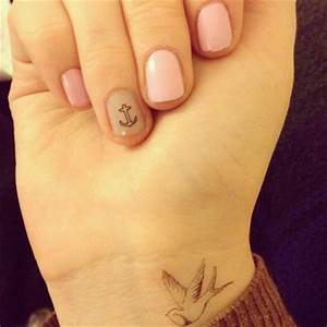 Cute Bird Tattoo For Your Wrist | Tattooshunt.com