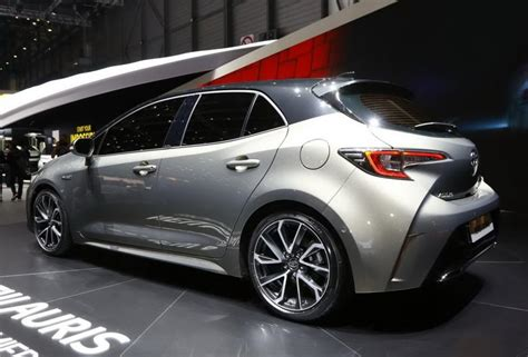 toyota auris 2019 release date 2019 toyota auris redesign price specs release date spied