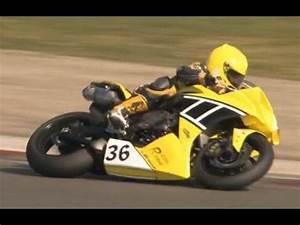 Moto Journal Youtube : un petit vieux en superbike moto journal youtube ~ Medecine-chirurgie-esthetiques.com Avis de Voitures