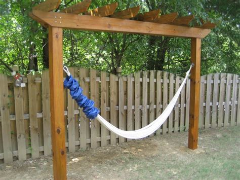 How To Make A Hammock by Relax In Your Yard Even Without Trees With This Diy