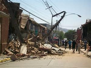 5.2M Earthquake Rocks Illapel Chile · Guardian Liberty Voice