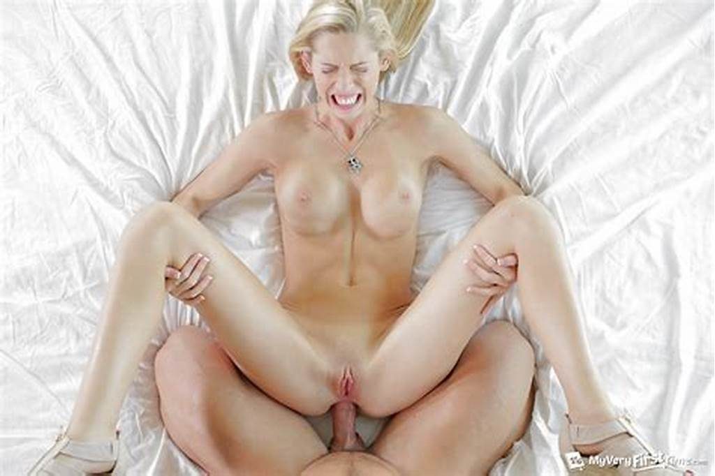 #Beautiful #Blonde #Chick #Brooke #Logan #Taking #Painful #First