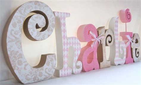 lettre prenom chambre bebe lettre prnom en bois lettres dcoratives pour la chambre