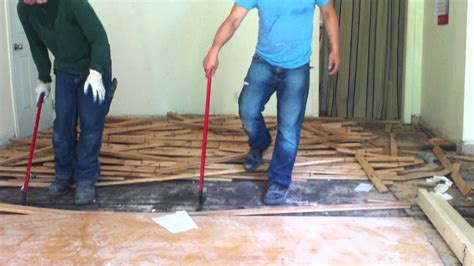 best way to remove hardwood flooring how to remove hardwood floors nail down youtube