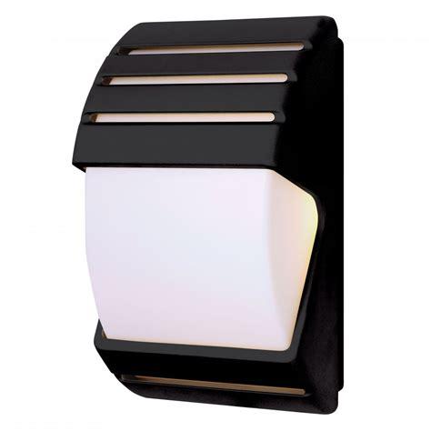 dusk till dawn security light endon el 40022 ip44 dusk till dawn wall light in black