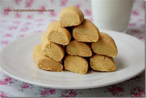 ghraiba lablabi montecaos à la farine de pois chiches