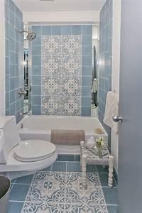 salle de bain retro carrelage meubles et deco en 55 photos With idee couleur peinture toilette 10 video bien eclairer une salle de bains sur deco fr