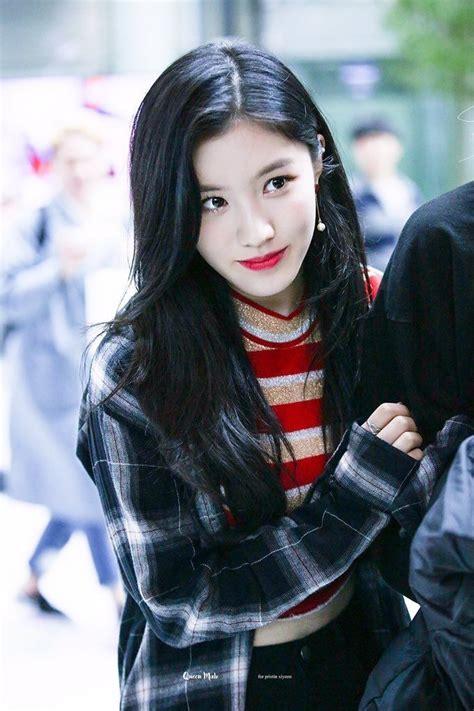 Pin by topengay on Xiyeon | Kpop girls, Girl, Korean girl