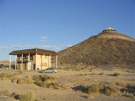 unique  brutal house design volcano house digsdigs