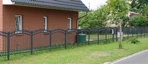 Zäune Aus Polen Kunststoff : metallzaun aus polen schmiedeeisen z une tore sonstiges f r den garten ~ Markanthonyermac.com Haus und Dekorationen