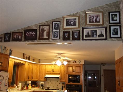 how to decorate walls with vaulted ceilings decorating with vaulted ceilings 171 ceiling systems