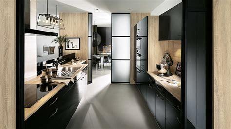 cuisine moderne avec bar aménagement de cuisine en éaire mobalpa