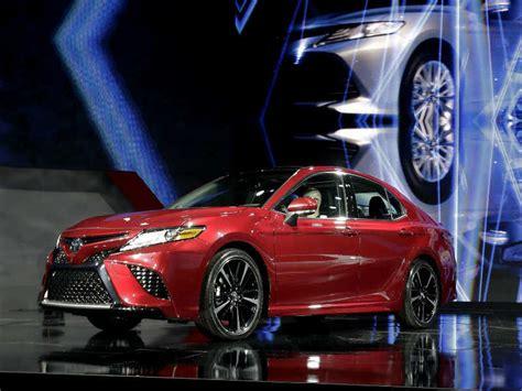 Toyota Unveils Stylish 2018 Camry At Detroit